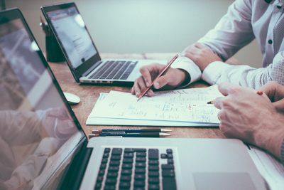 SPG Certificación imparte cursos relacionados con el certificado iso 9001 de calidad y otros temas de interés empresarial